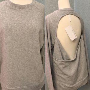 🆕Fabletics | Gray Sweatshirt w/ Back Opening